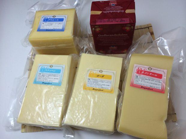 グリュイエール、イエトオスト、ステッペン、ゴーダ、エメンタールチーズ
